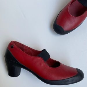 Camper Mary Jane Red & Black Heels 7 (37) Leather
